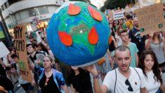 Uns marcha por el cambio climático en España @EFE