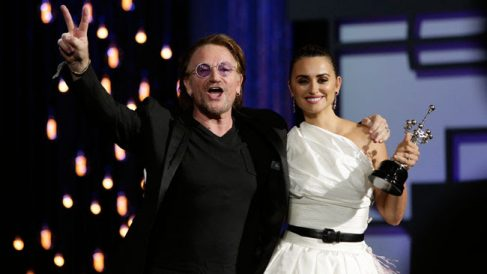 Penelope Cruz con Bono @FCSS