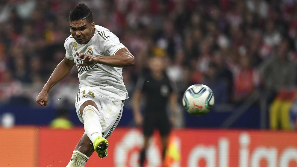 Casemiro, durante un partido. (AFP)