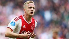 Donny-Van-De-Beek,-durante-un-partido-con-el-Ajax-(Getty)