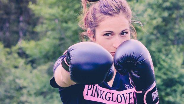 Cómo empezar a entrenar boxeo en casa