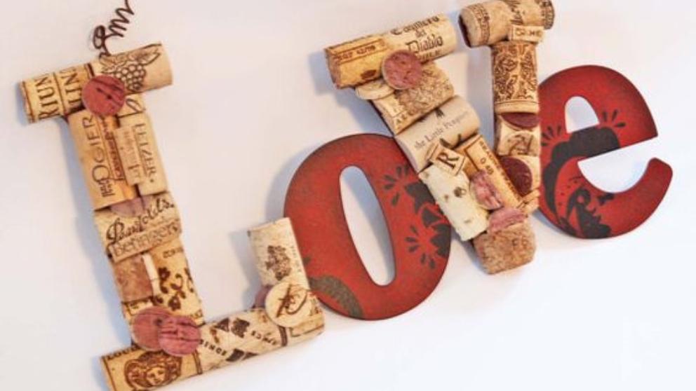 Pasos para hacer letras con tapones de corcho