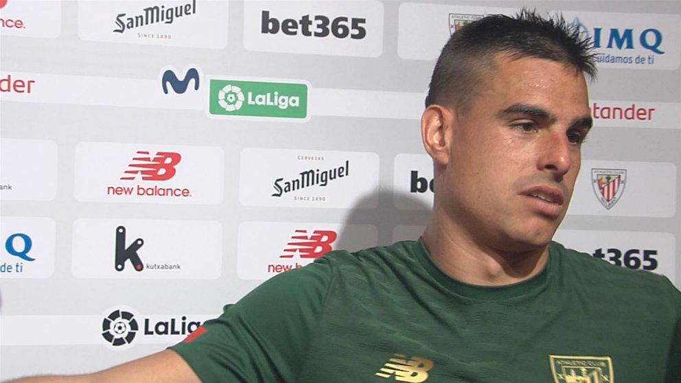 Dani García, centrocampista del Athletic, en zona mixta (Eitb)