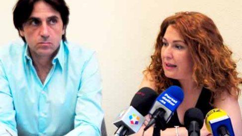 La alcaldesa Natalia de Andrés junto a Jesús Gamonal