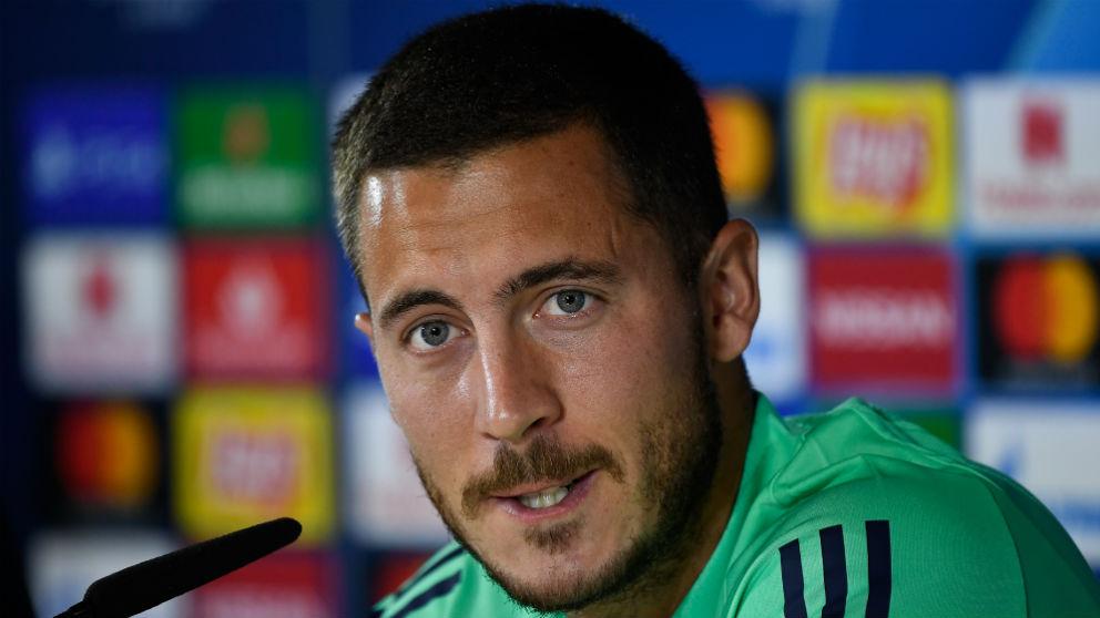 Eden Hazard atendió a los medios de comunicación antes del partido de Champions contra el Brujas. (AFP)