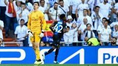 Zidane cambió a Courtois en el descanso. (AFP)