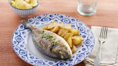 Dorada al horno con hinojo y cremoso de patata