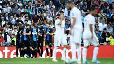 Los jugadores del Brujas celebran uno de los goles ante el Real Madrid. (AFP)