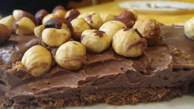 Receta De Tarta Crujiente De Chocolate Y Avellanas