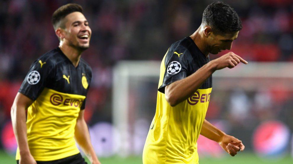 Achraf dio la victoria al Dortmund con un doblete. (AFP)