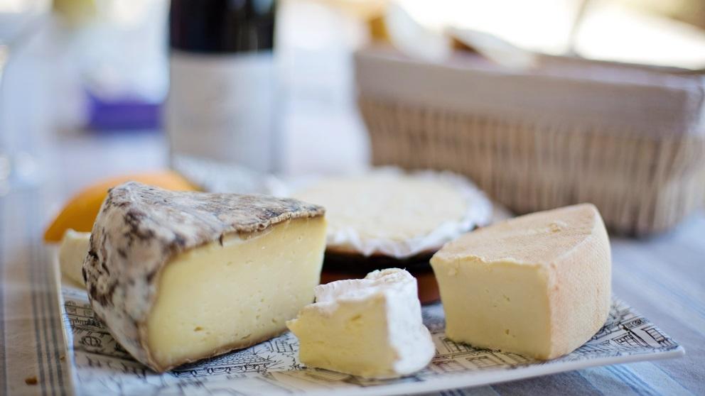 Receta de ensalada de queso y salchicha