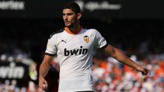 Gonçalo Guedes durante un partido con el Valencia. (Getty)