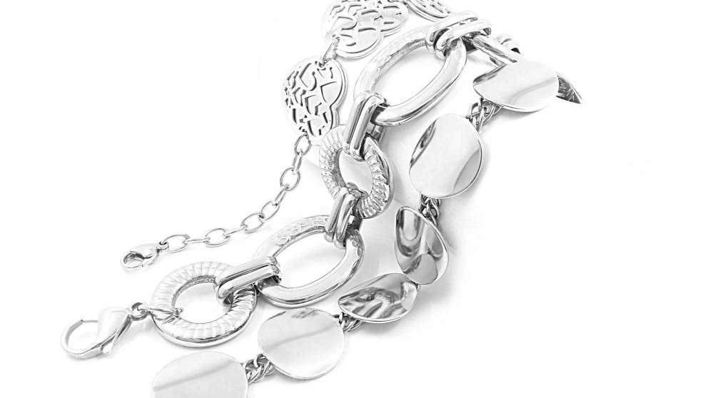 Las joyas requieren una limpieza especial según su material