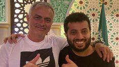 Mourinho,-junto-al-propietario-del-Almería-(Instagram-de-Turki-Al-Sheikh)