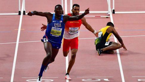 Orlando Ortega entró quinto en los 100 metros vallas tras ser obstaculizado.