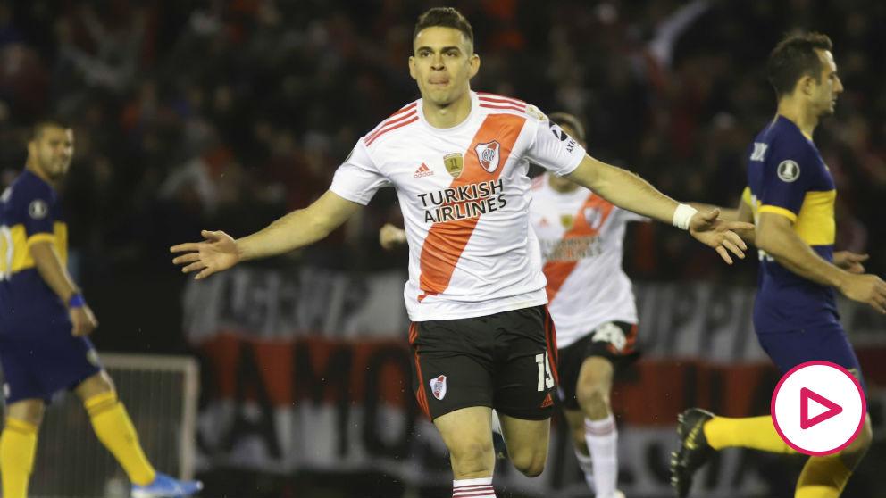 Santos Borré celebra un gol. (Getty)