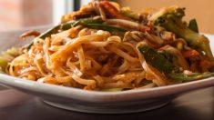 Receta de Fideos de arroz chino salteados