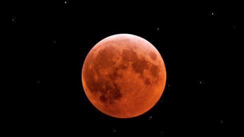 Descubre qué es la Luna roja