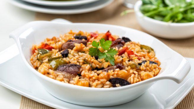 Receta de arroz al horno con morcilla y garbanzos