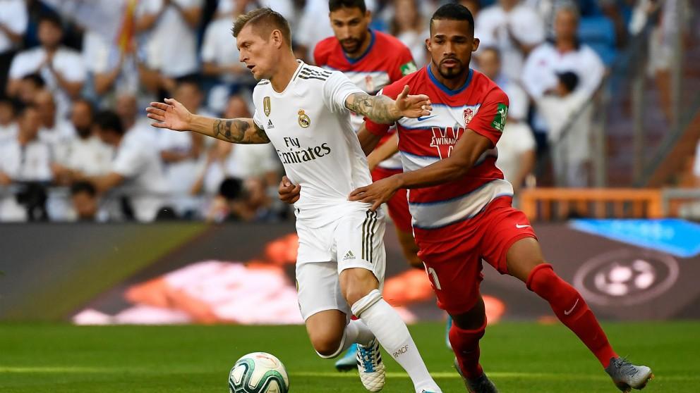 Kroos, en el Real Madrid – Granada. (AFP)