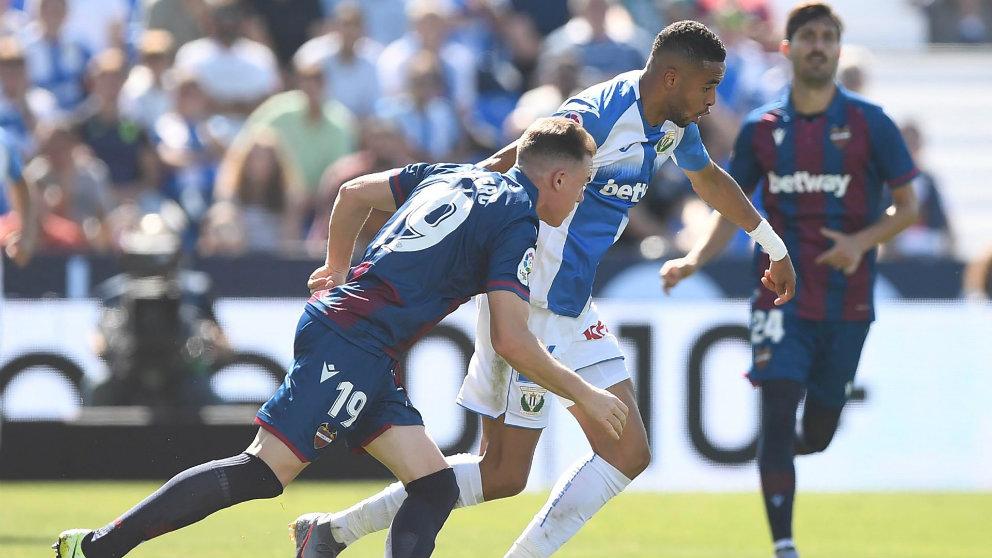 El Leganés y el Levante juegan en Butarque (@CDLeganes)