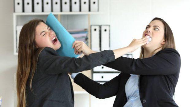Cómo sobrevivir en un ambiente de trabajo hostil