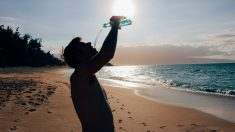 Las bebidas deportivas o isotónicas pueden ser beneficiosas si sabes cuál consumir