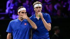 Federer y Zverev, en la Laver Cup. (AFP)