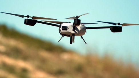 Dron sobrevolando Madrid