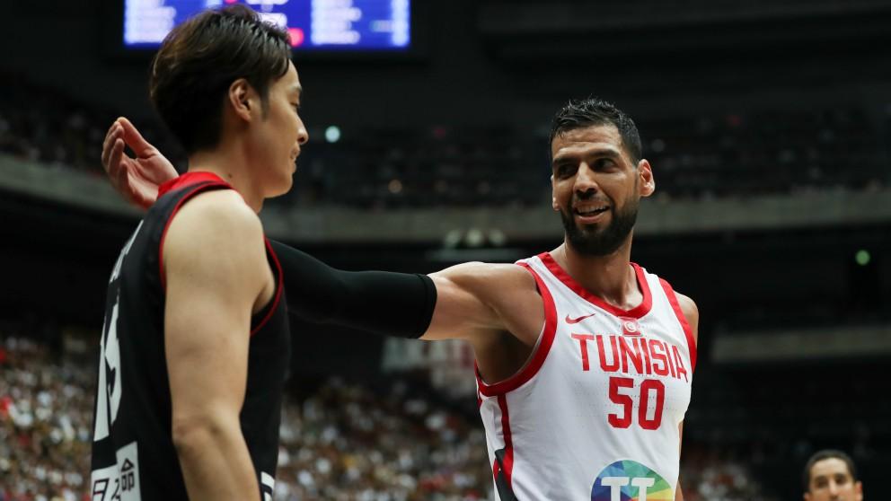 Salah Mejri, en un partido con la selección de Túnez. (Getty)
