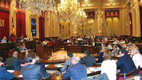 El Parlamento de Baleares ha rechazado una iniciativa de Vox contra la inmersión lingüística en cataláno.