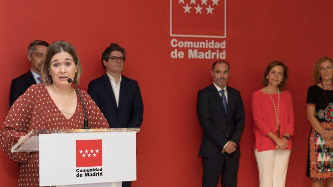 marta-rivera-isabel-ayuso-museo-de-la-movida-madrid