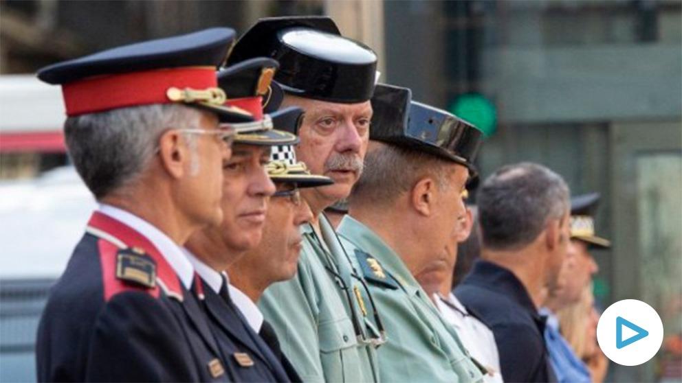 El general Garrido, entre otros mandos policiales.