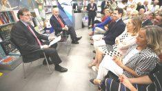 Rajoy en la presentación del libro de Jorge Fernández Díaz, a la que también asistieron Ana Pastor y Teodoro García Egea (Foto: EFE).