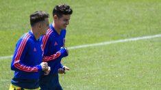 Santiago Arias y James Rodríguez en un entrenamiento de la selección colombiana (AFP)