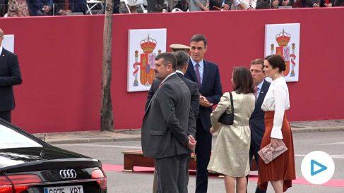 Pedro Sánchez, a su llegada al desfile de las Fuerzas Armadas.