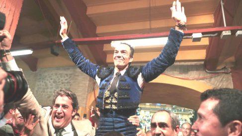 El Cid sale a hombros este sábado en Zaragoza (Foto: EFE).