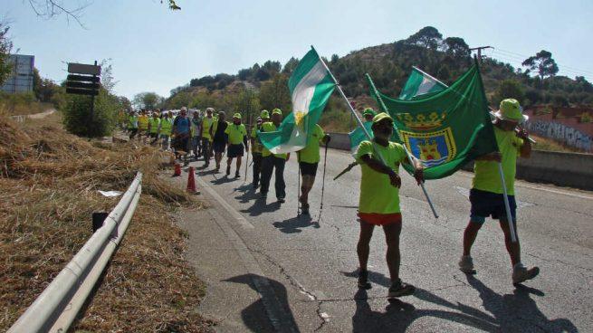 La columna de pensionistas que marcha desde Cádiz entra en la Comunidad de Madrid por Aranjuez
