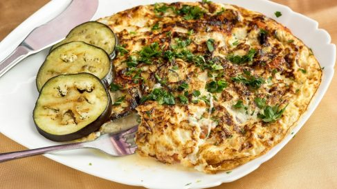 Receta de Tortilla de berenjena con queso crema