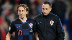 Modric se retiró lesionado en el partido contra Gales. (Getty)