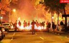 Barcelona, en directo: Última hora de Cataluña hoy con incendios, disturbios y cargas policiales