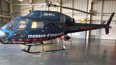 Helicóptero policial de los Mossos.