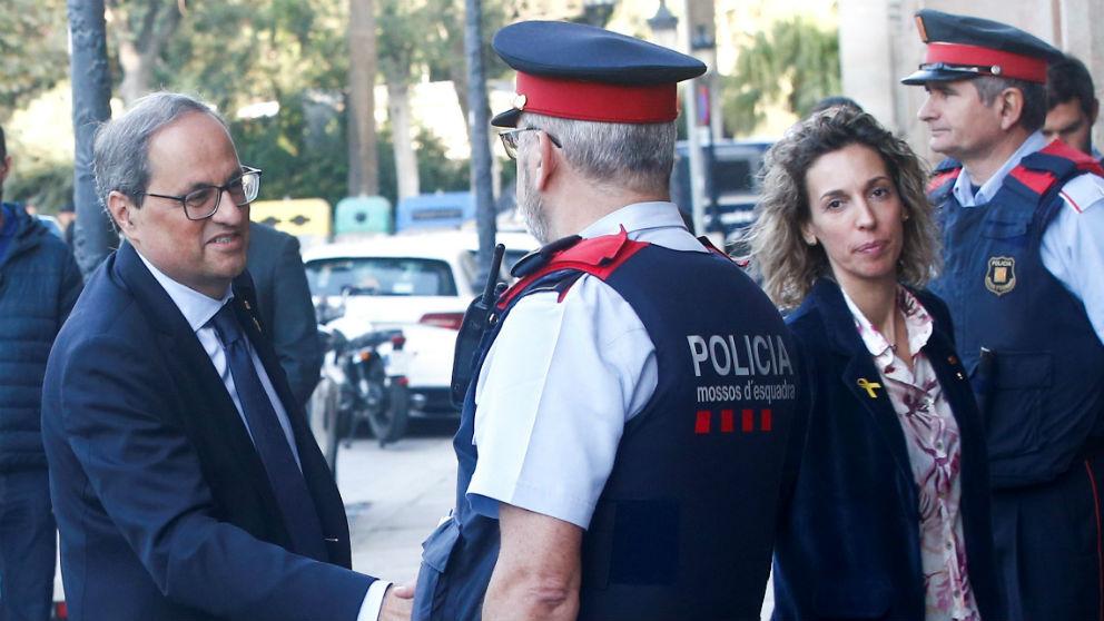 El presidente de la Generalitat, Quim Torra, llega al Parlament en Barcelona