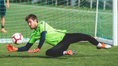 Aitor Fernández en un entrenamiento con el Levante (#LevanteUD)