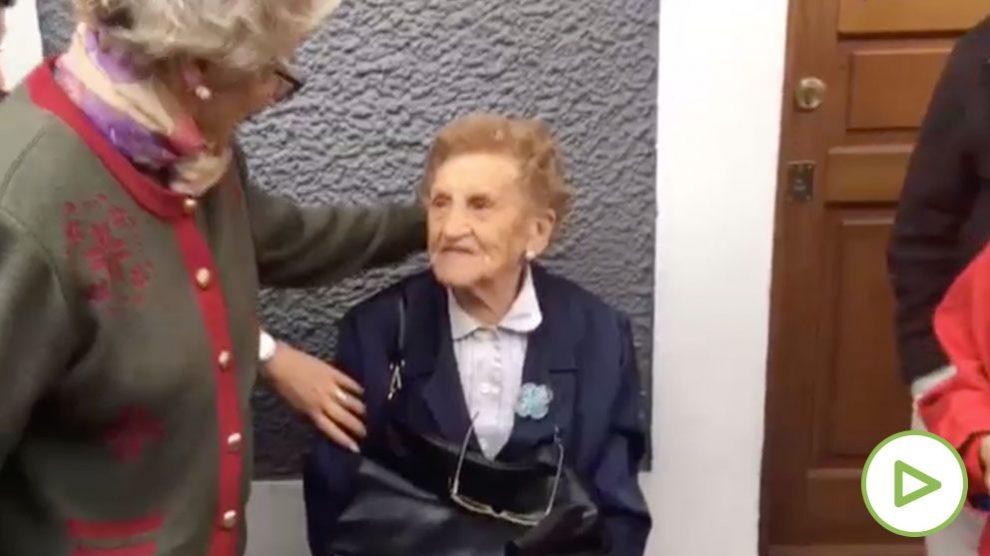 Victoria, la mujer de Portugalete (Vizcaya), que ha podido recuperar su vivienda.