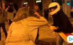 Una señora se enfrenta a los CDR tras la batalla campal de Barcelona