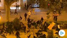 El aumento de la violencia de los manifestantes dificulta la acción policial.