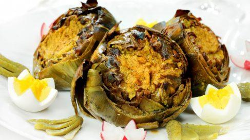 Receta de Alcachofas al horno con frutos secos