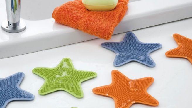 limpiar las alfombras de baño de goma