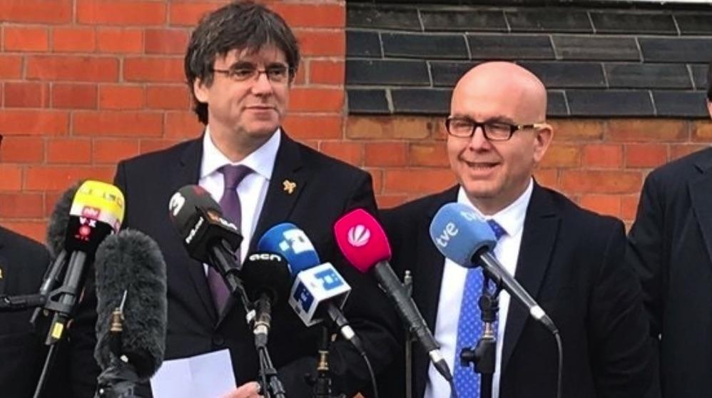 Carles Puigdemont y Gonzalo Boye. (Foto. EP)